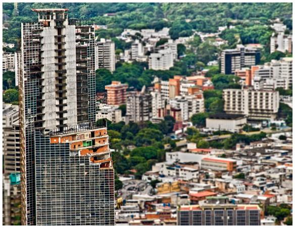 Imagen tomada por mi en agosto 2012 desde la Torre Este de Parque Central, Caracas