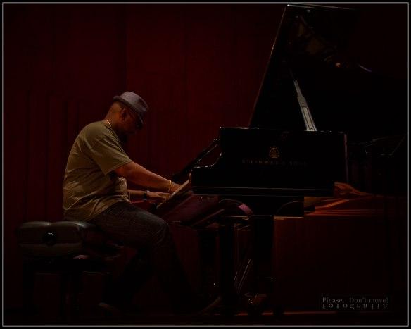 Christian-McBride-VI-Picture