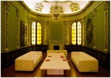 El salón de consultas del catálogo en La Virreina.